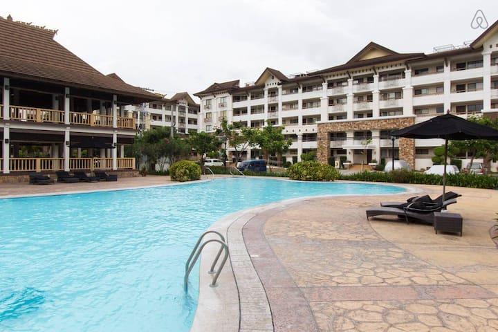 Upmarket Condo Resort III (1BR)