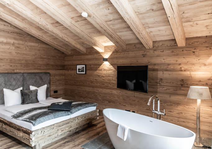 Schlafzimmer, Badewanne