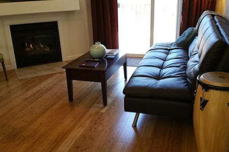 Wine Country Retreat Downtown - 파소 로블레스(Paso Robles)