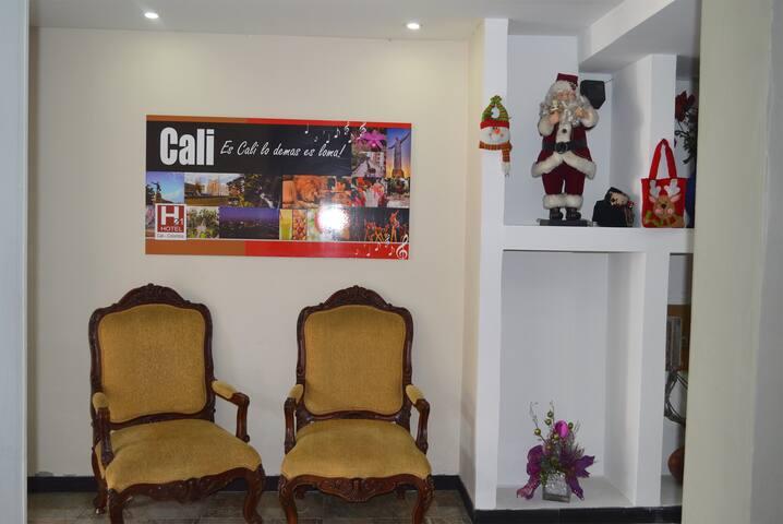 habitación privada en hotel, cerca al centro