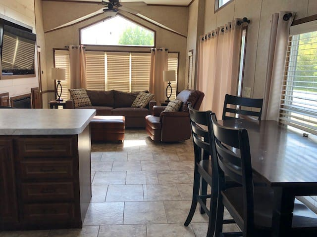 2 bedroom cabin rental at Rubber Ducky Resort