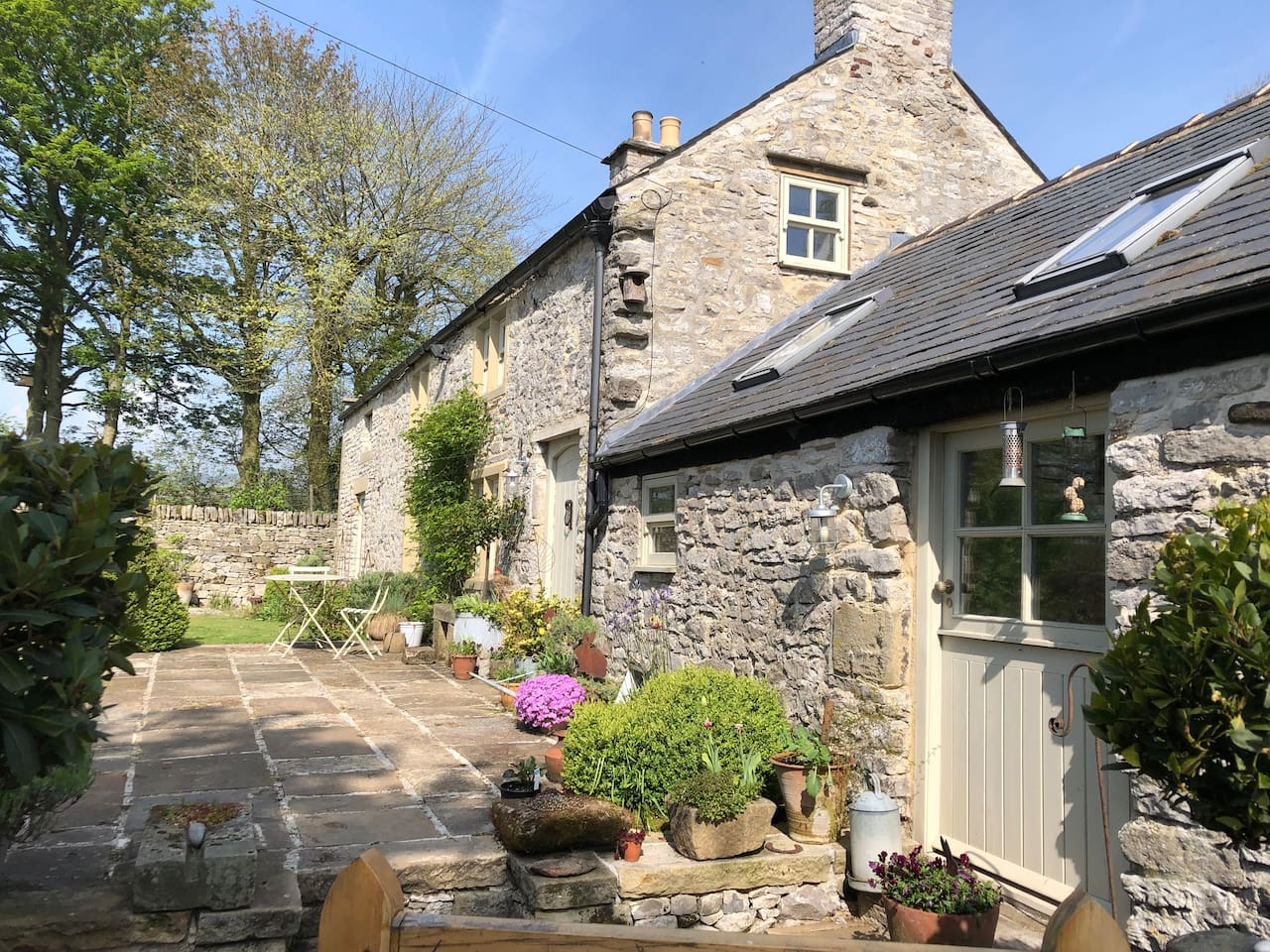 Sycamore Cottage is situated in the hamlet of Rowland near Bakewell . Nestled into the hillside below Longstone Edge, on a country lane with a handful of other  dwellings, we are surrounded by open countryside home to sheep, cows, highland cattle and a milk herd. Enjoy your stay in this luxury accommodation in the beautiful Peak District.This is a one bedroom bnb so you will be the only guests.