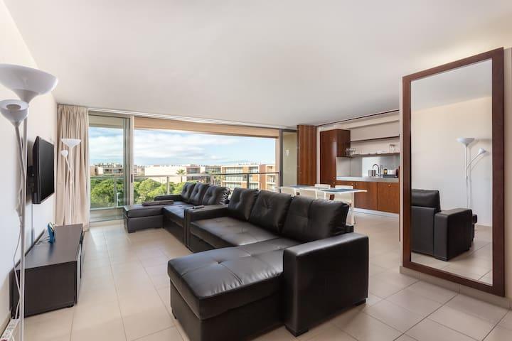 1 bedroom apt - sun, sea, golf & 7 pools - 10B