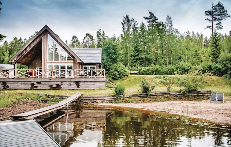 Holiday cottage with 1 room on 95m² in Lingarö