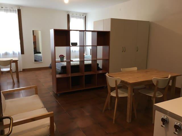 Monolocale Altinate - centro storico Padova