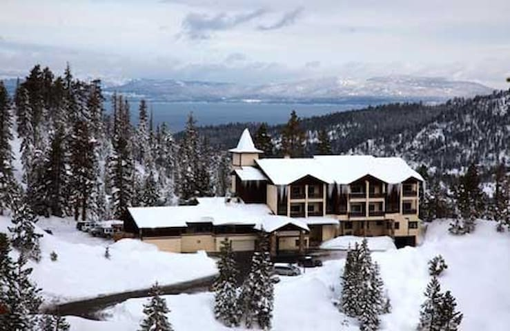 Ski In/out Eagles Nest Lodge 1B - Stateline - Timeshare