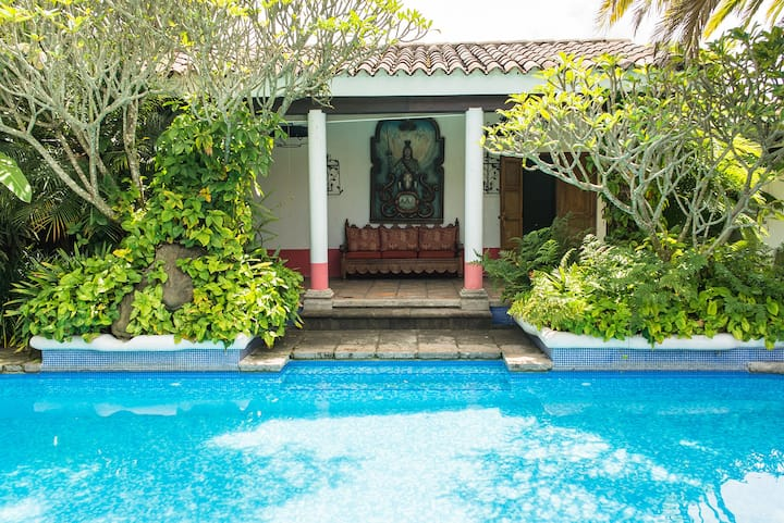 Casa Mamalba - Pool House Double Suite w/SERVICE