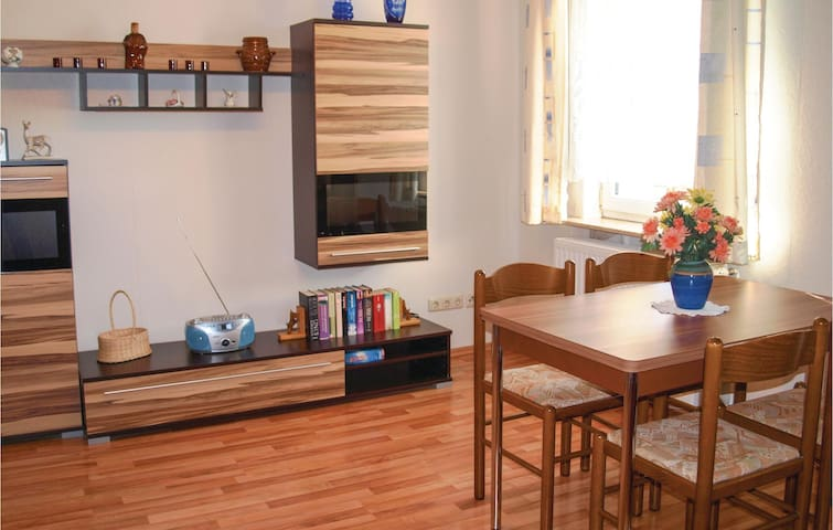 Holiday apartment with 2 bedrooms on 63m² in Katschow