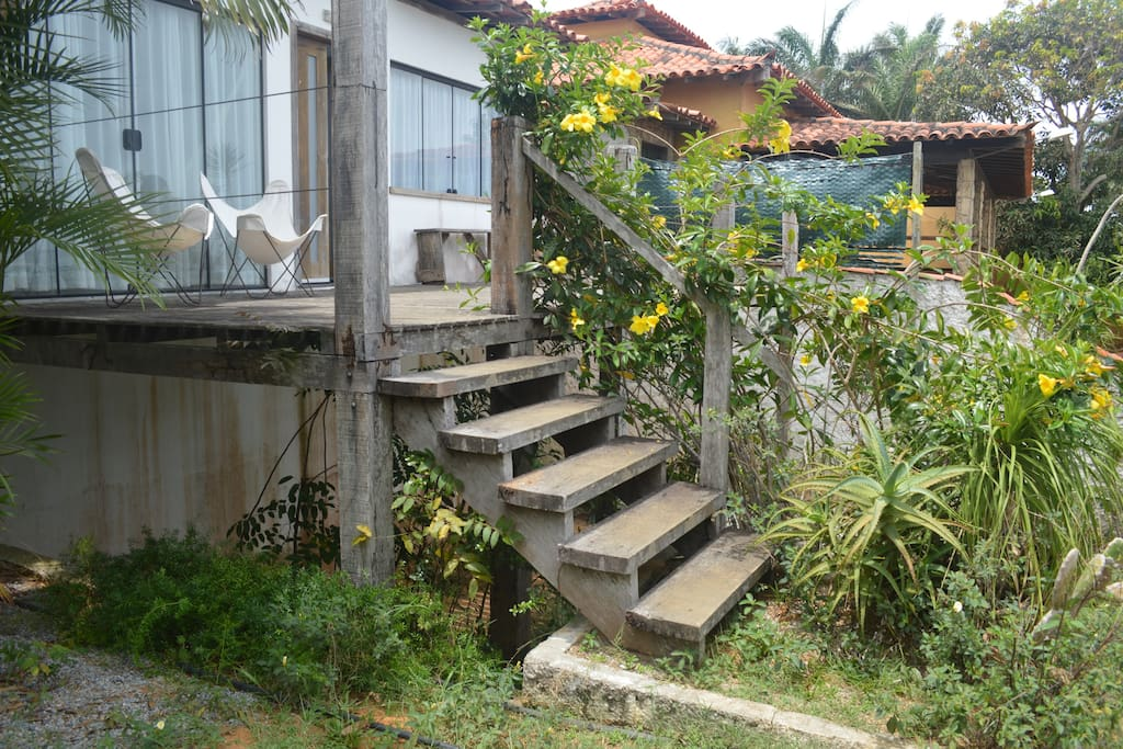 Escada para Deck e entrada