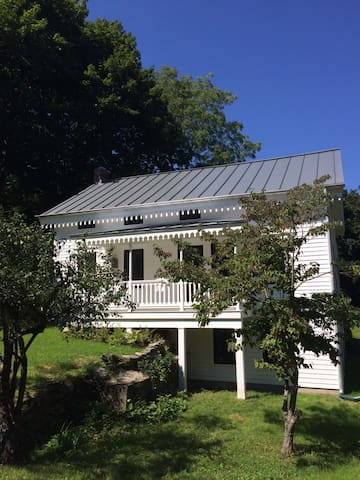 BANGALL HOUSE: Hudson Valley Charmer #2 - Stanfordville - Huis