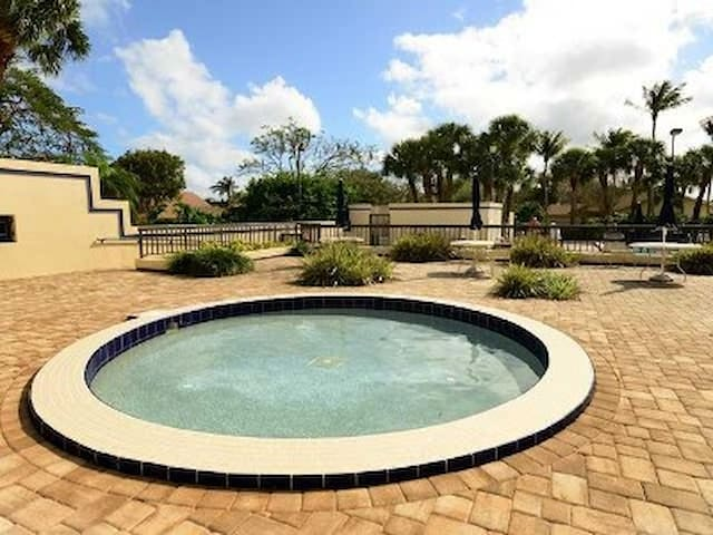 enclosed children's community pool