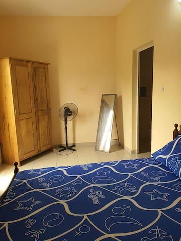 Studio meublé femme de ménage à disposition