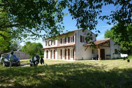 villa brandet - Montpellier-de-Médillan