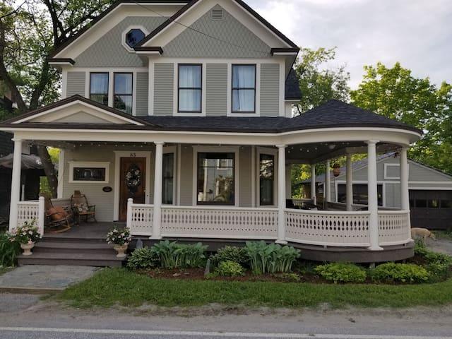 Mansfield Inn Bed and Breakfast-2 Rooms