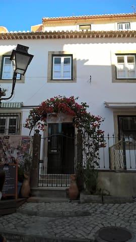 Casa do Pátio sem Cantigas-3- Beco da Judiaria