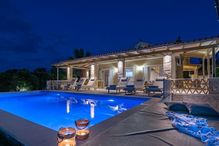 LUXURY DREAM VILLA LAGANAS ZAKYNTHOS