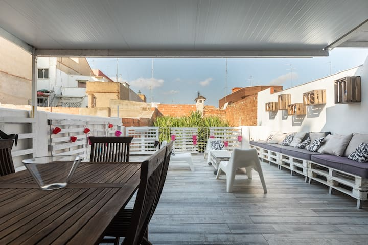 HOUSE FOR 8 PEOPLE, 69 E. TERRACE 50M  BARBECUE