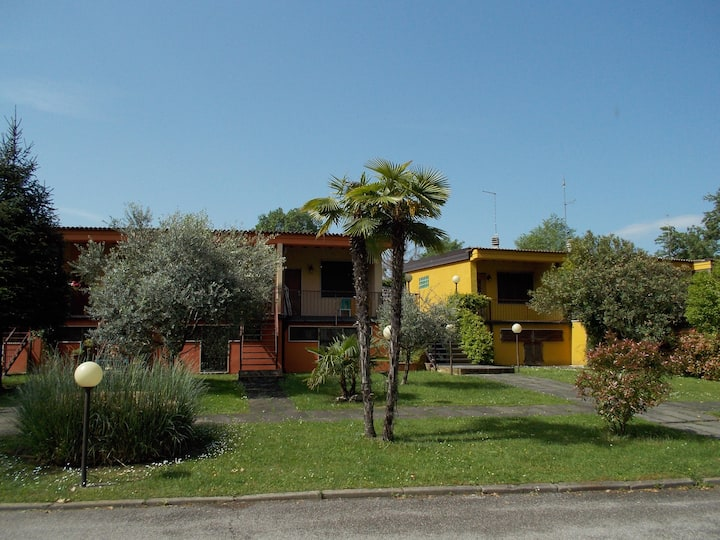 "Casa con giardino ""Le Ninfee"" - 2 rooms apartment"