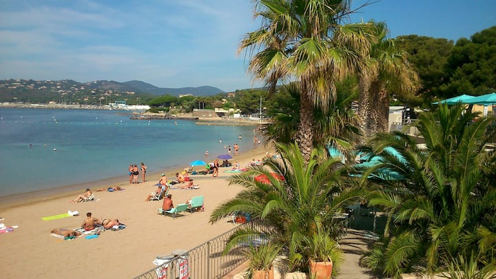 Golf St Tropez, Grand studio 2p,plage 5 min à pied