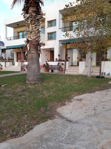 Pomos Sunset Apartments - Poli Crysochous - Apartment