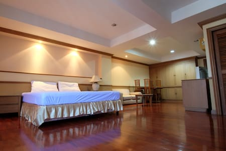 Big Apt near Khoasan / Grand Palace room#T - Byt