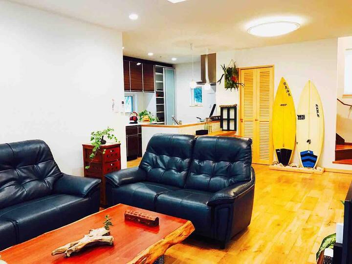 海の伝説  沖縄 海ビーチまで徒歩2分 一軒家(豪華別荘) 空港近い、買い物便利 夜は静かな癒し空間