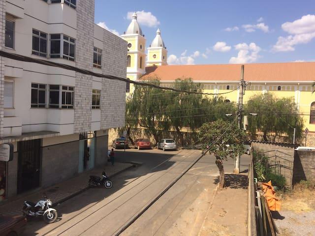 Apartamento no Centro de Capitólio