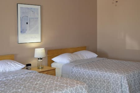 The Inn at Sunsites - Room 3