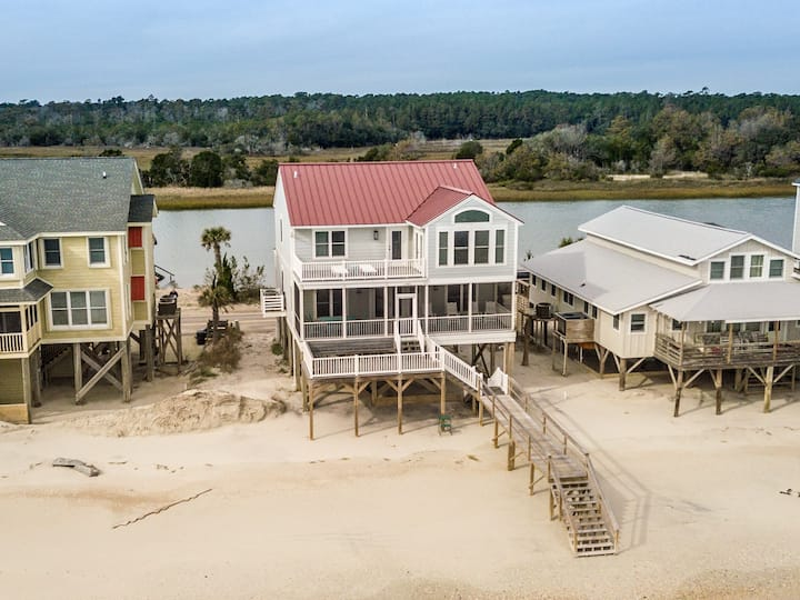 Counting Stars, 6BR/4BA Oceanfront Beach House