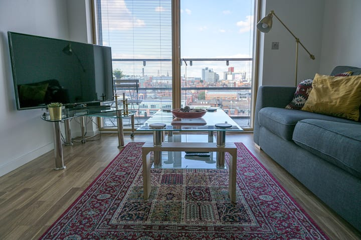 Spectacular Views from Luxury 2 Bedroom Apartment
