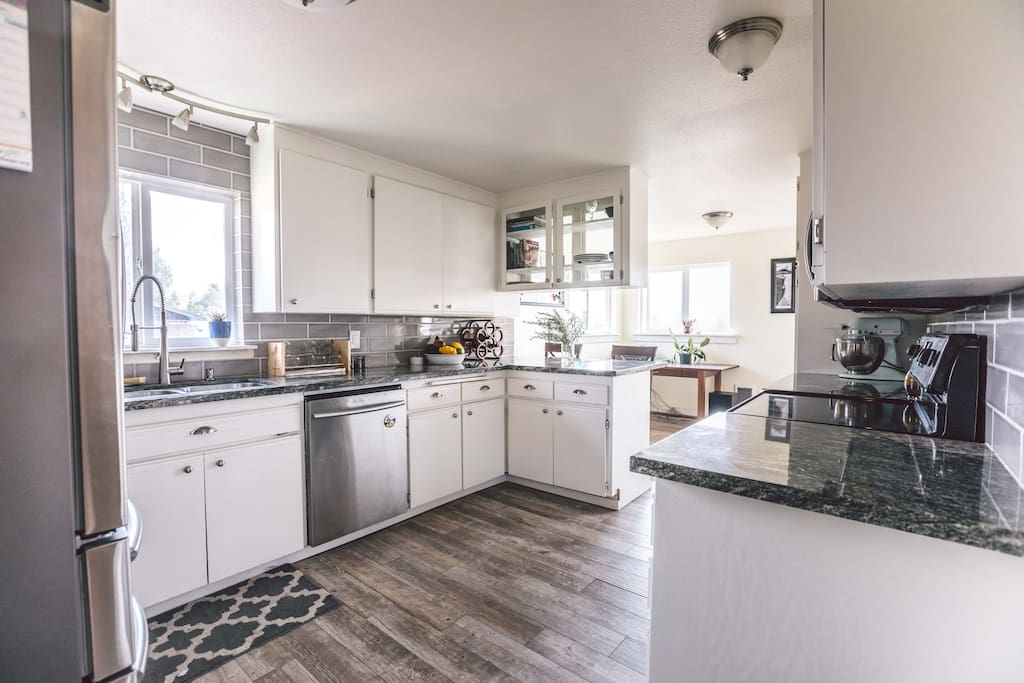 Updated shared kitchen with all your basic needs