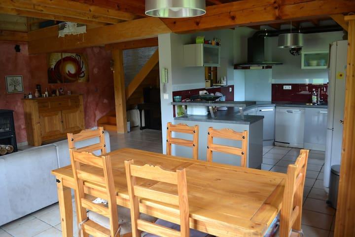 Grande Maison  10 pers 200 m village et piste Ski - Méaudre - House