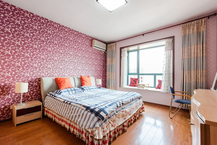 鸟瞰大明宫的顶层公寓