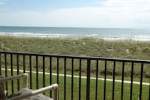 The BEST Remodeled Unit on the Beach!