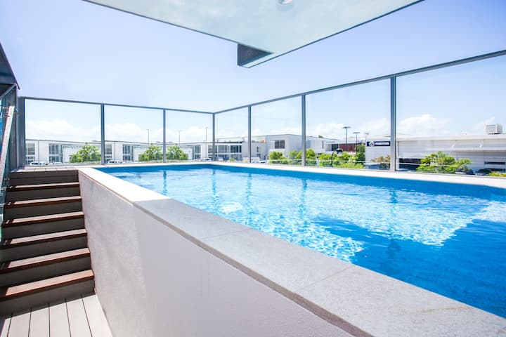 Premium Luxurious Penthouse with Private Pool Spa