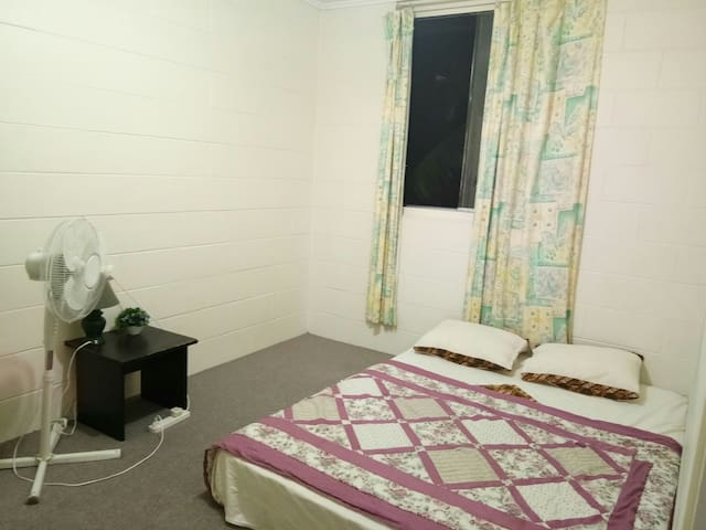Private room in Taringa