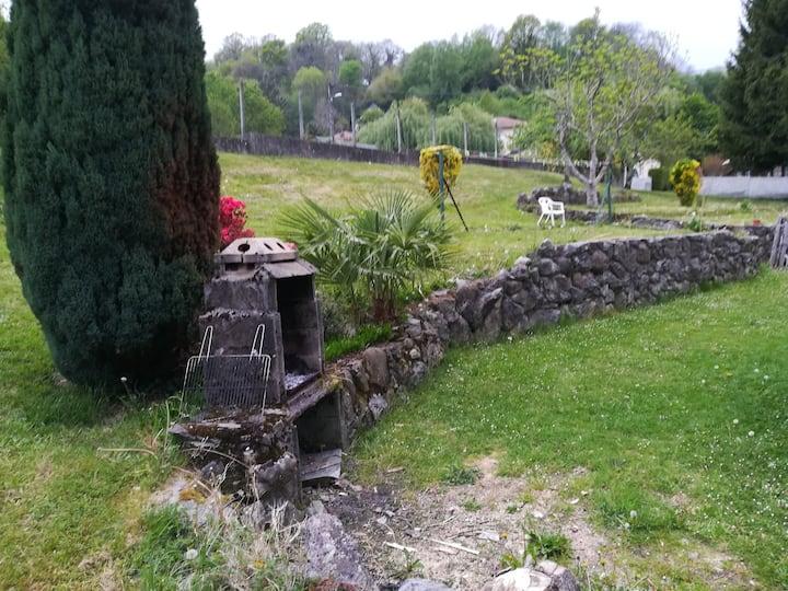 Chambre individuelle 3 lits à proximité de Lourdes