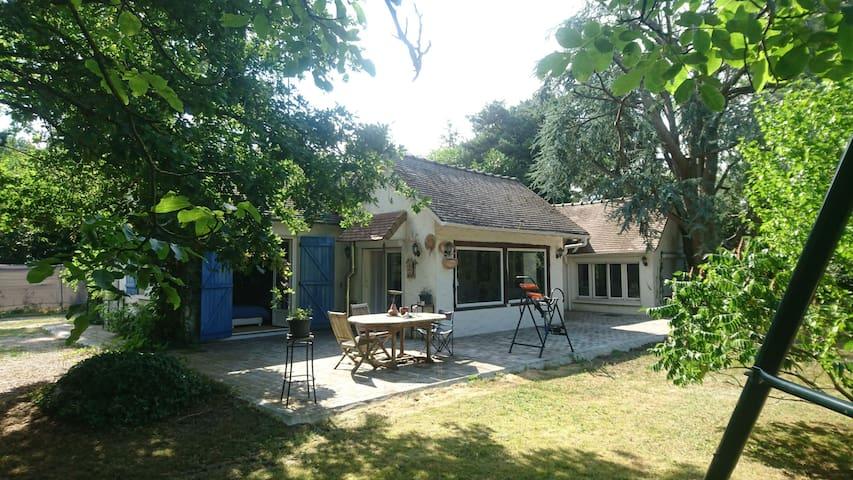 Maison Atypique en forêt de Dreux