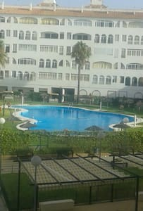 Apt.El Portil Huelva.Por covid no abrirá  piscina