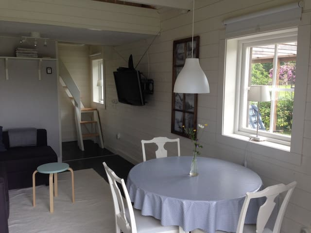 Cozy cabin in Kilsbergen, close to nature & Örebro - Garphyttan - Pension