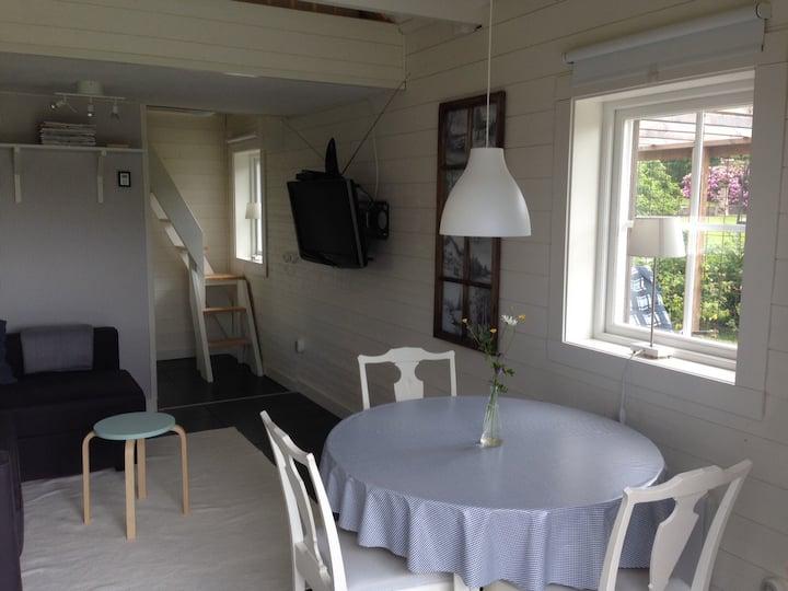 Cozy cabin at Kilsbergen, close to nature & Örebro