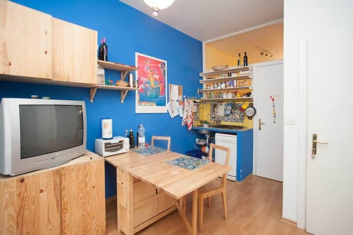 Torretta 16 blue room