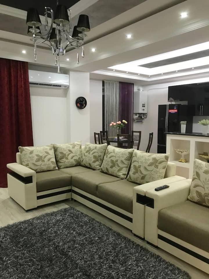 Стильная квартира с видом на Арарат.