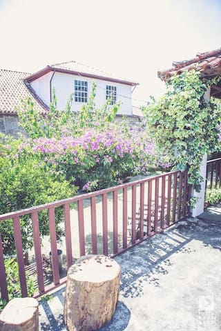 Casa de Cerqueda -Suite Jardim