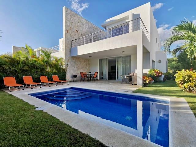 Beautiful Golf & Beach Villa, Playa Nueva Romana☀️🌺