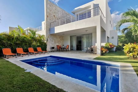Beautiful Golf & Beach Villa, Playa Nueva Romana☀️🌺