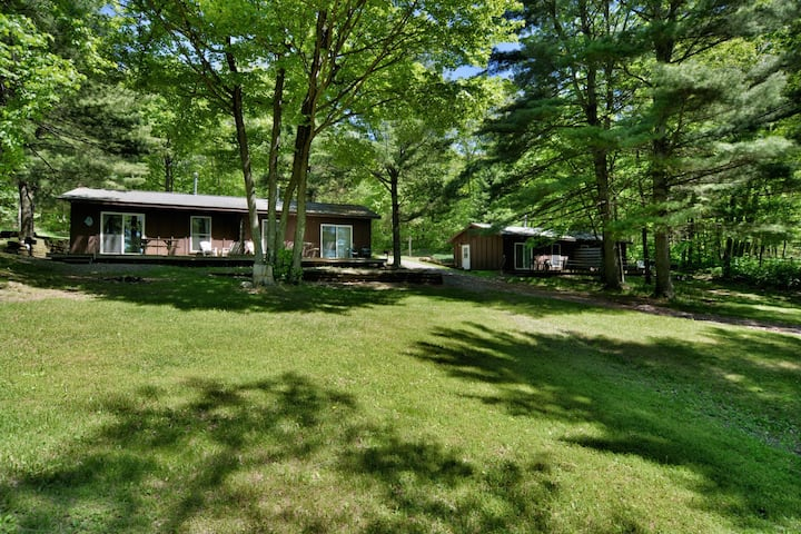 Deer Trail Resort Lakeside 5 - Hosted by North Country Vacation Rentals