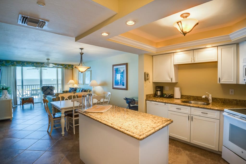 Gorgeous remodeled kitchen with granite countertops