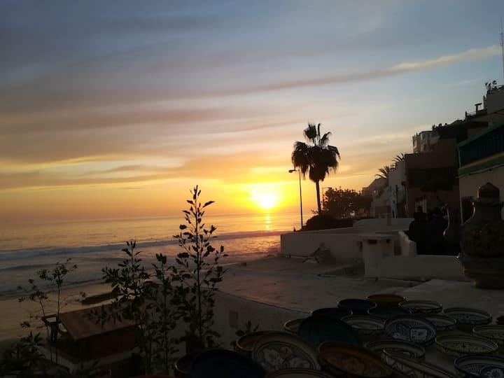 Tagherrabot Surf Hostel- Near beach Moroccan style
