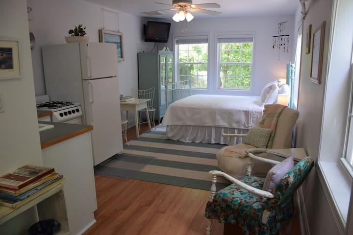 Garden Getaway Kitty Hawk Studio